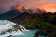Los Cuernos del Paine by Ian Plant