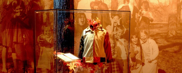 Dolly's Coat on Display (next to orig.lyrics)
