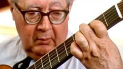 Segovia_guitar